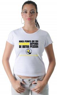 Camiseta Felicidade e garçom