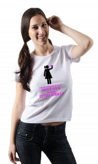 Camiseta Mulher bebendo