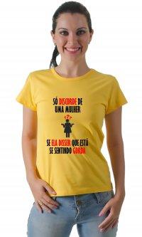 Camiseta Discorde de uma mulher