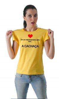 Camiseta Relacionamento sério com a cachaça
