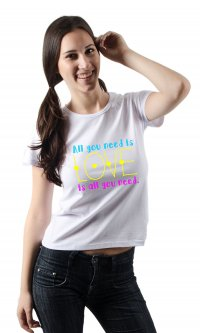 Camiseta All You Need Is